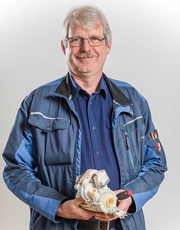 Claus Hinrichs Kundendienstmonteur Elektrotechnik Beckhäuser
